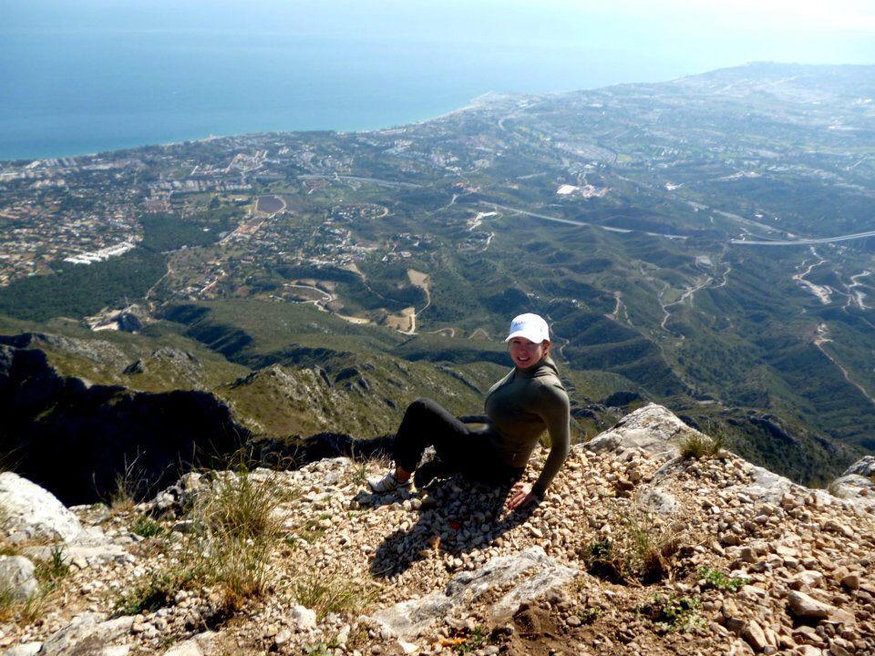 Виды с горы марбельи конча на море горы пфрику
